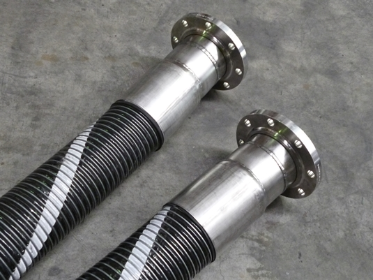 Code 901 6 inch composite hose with ansi 150 ss316 flanges floating